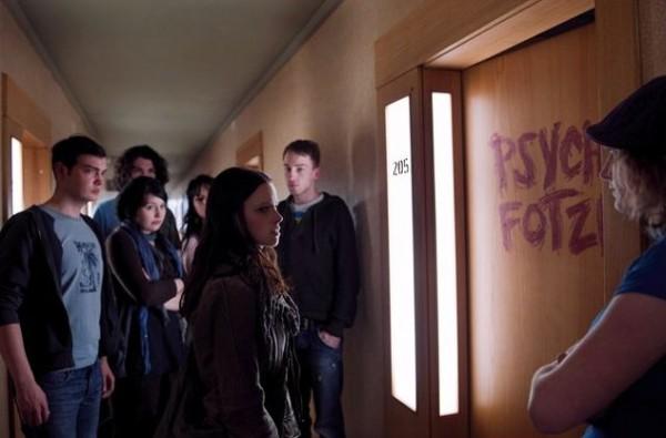 Zimmer 205 - thrillandkill.com  (2)