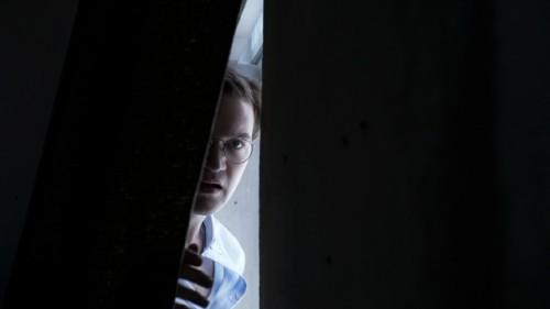 review die frau hinter der wand 2013 horrorfilme thriller. Black Bedroom Furniture Sets. Home Design Ideas
