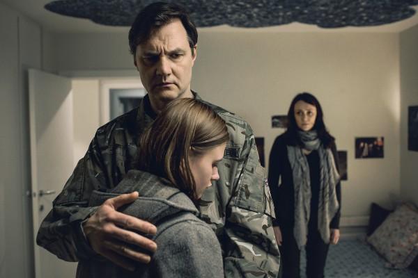 Alice und ihre Eltern aus THE MISSING