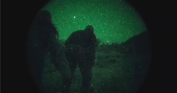 Area 51 - Herumschleichen bei Nacht